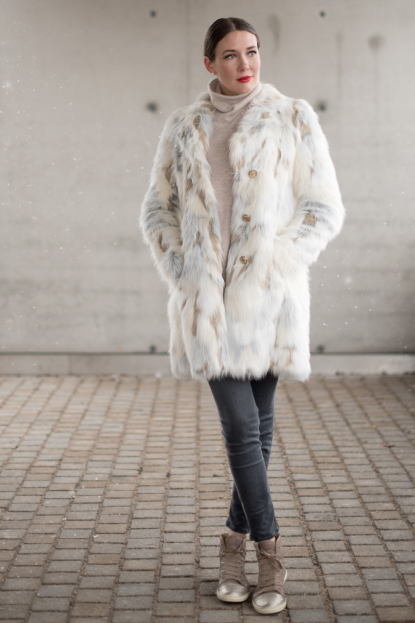 patrizia pepe zara lanvin fake fur mrs and hugs. Black Bedroom Furniture Sets. Home Design Ideas