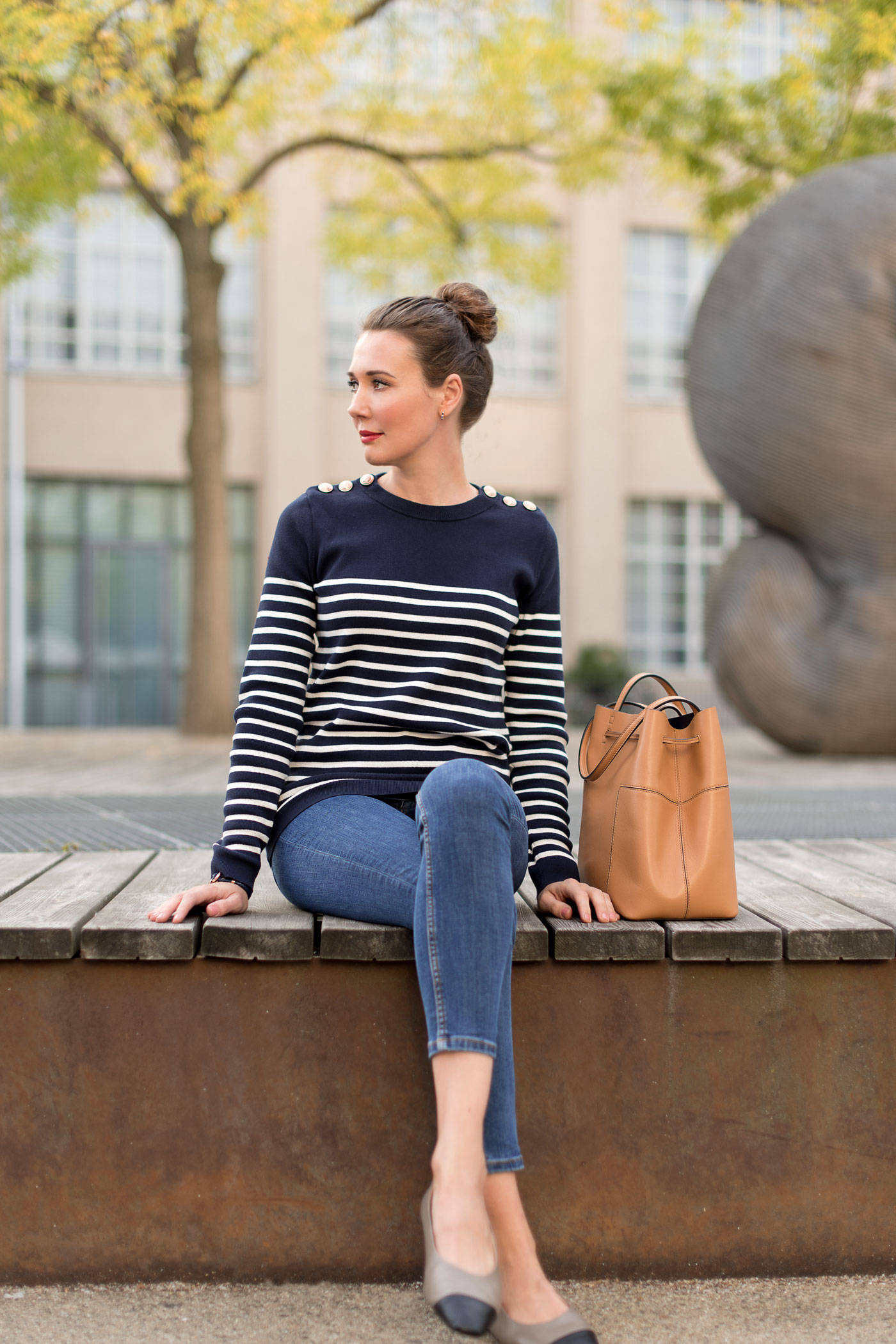 petit-bateau-sweater-zara-ballerina-tory-burch-bucket-bag-tory-burch-paul-hewitt-armband-fashionblog