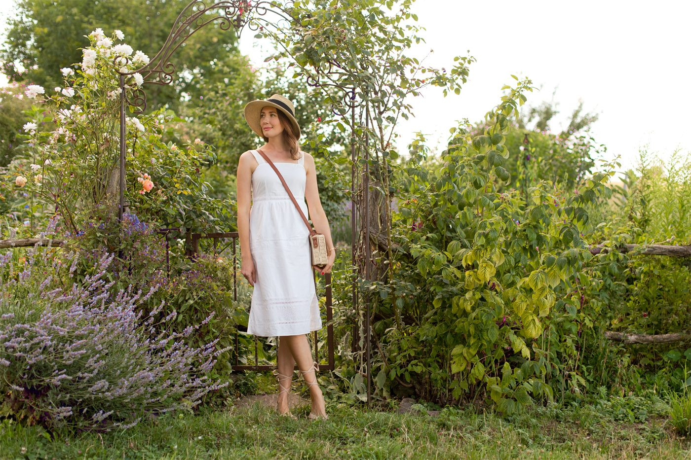 Outfit: Simple White Dress