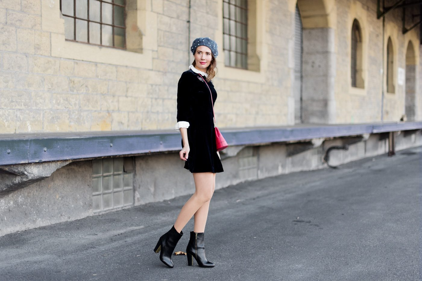 Outfit: Night Blue Velvet Dress   Mood For Style - Fashion Blog from ...
