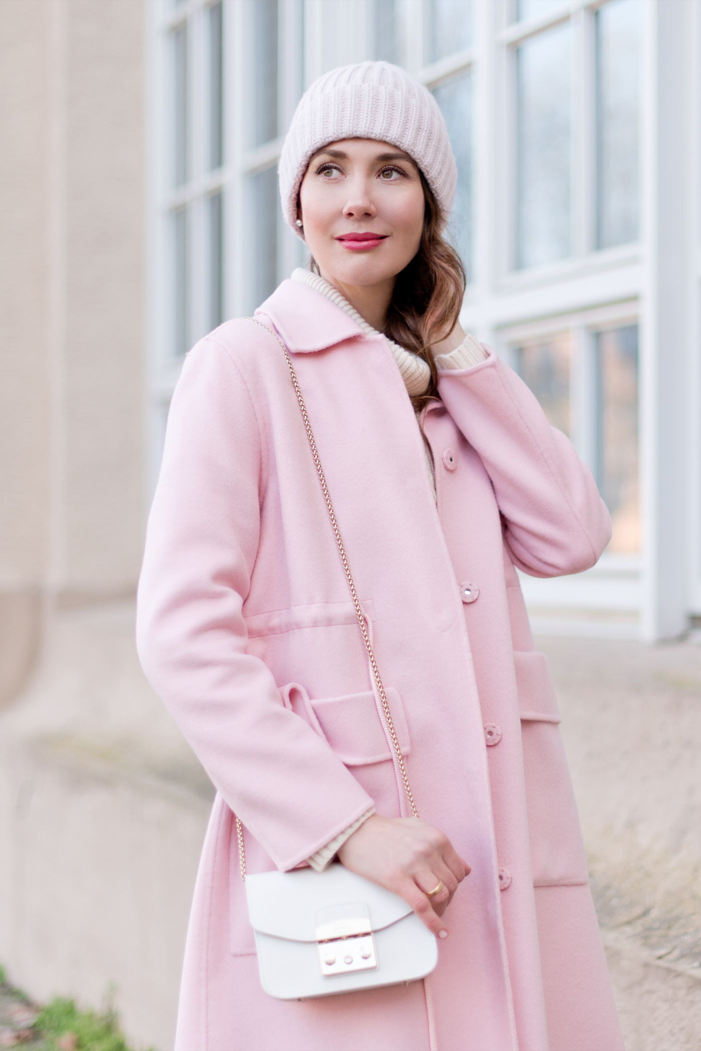maxandco-pink-coat-jcrew-sweater-furla-mini-springfashion