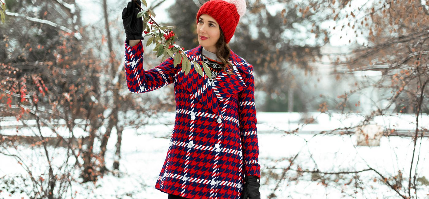 Outfit: Holiday Red