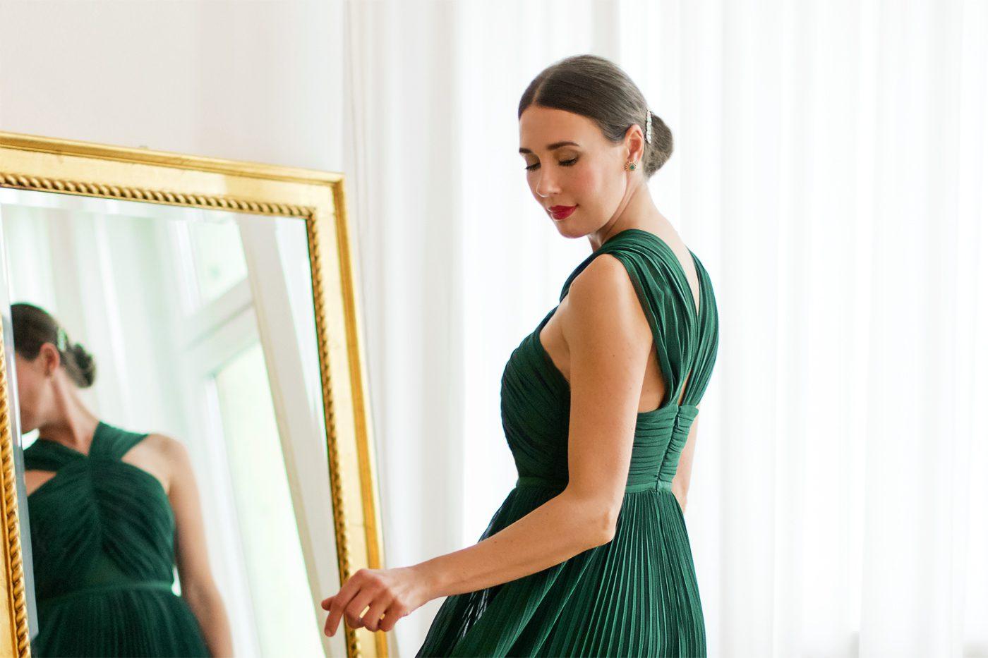 Outfit: Das perfekte Brautjungfernkleid