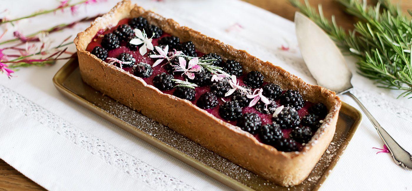 Food: Brombeercurd-Tarte